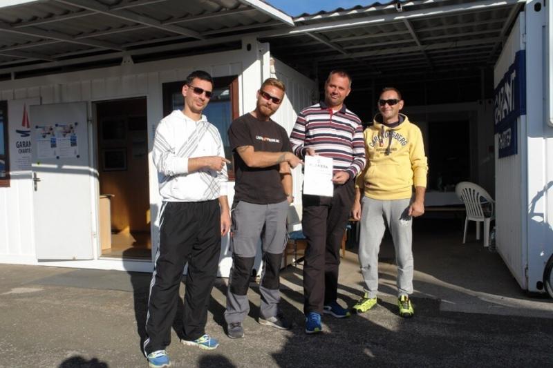 1st platz - boote Bura - Boris Cvetkovic, Emil Djukic, skiper Miro Volaric i Josip Spoljarevic